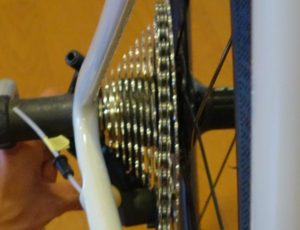 Bike 007 000 300x230 - 中華カーボンで街乗り用 1x11バイクを組み立てる-その6 とりあえず 完結-